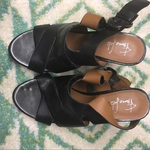Black wedge sandals Franco Sarto